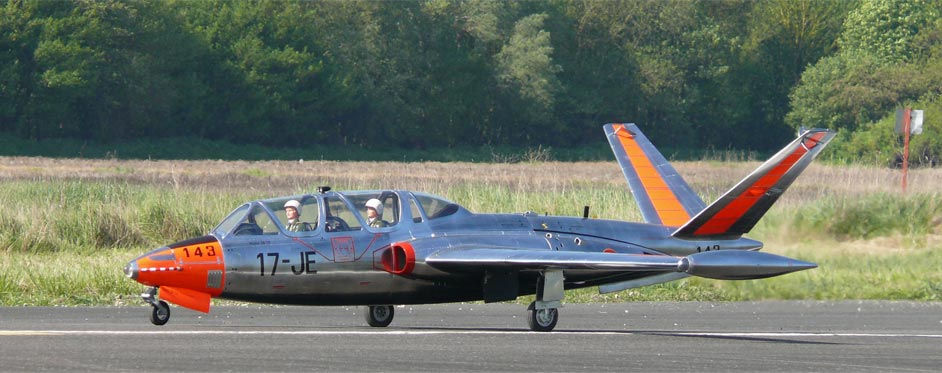 Fouga magister au décollage - Jets RC - Aviation Design