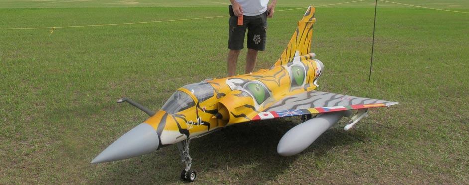 Mirage 2000 de Gustavo Campana à Top Gun 2012 - Jets RC - Aviation Design