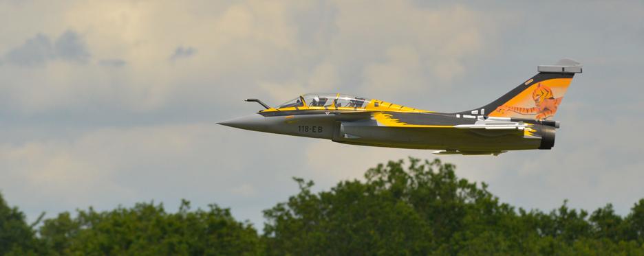 Rafale TigerMeet passage à basse altitude - Jets RC - Aviation Design