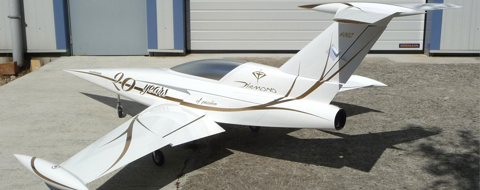 White and gold Diamond rear view - Jets RC - Aviation Design