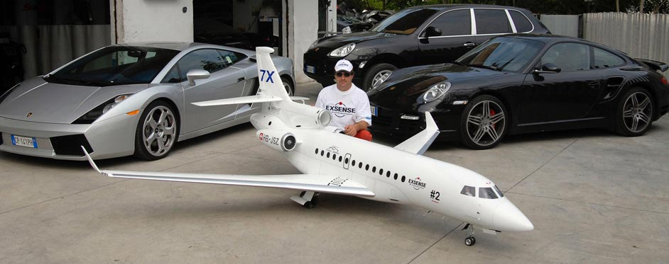 Falcon 7X and luxury cars - Jets RC - Aviation Design