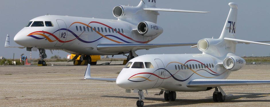 Full size and scale Falcon 7X at Istres test center - Jets RC - Aviation Design