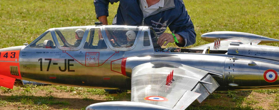 Fouga Magister in process for starting - Jets RC - Aviation Design