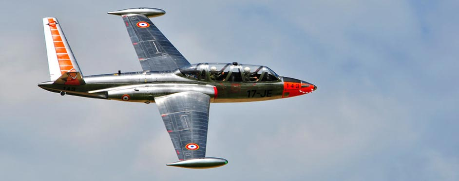 In flight Fouga Magister - Jets RC - Aviation Design