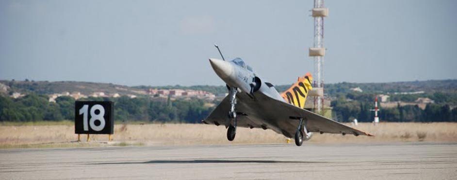 Mirage 2000 at take off - Jets RC - Aviation Design