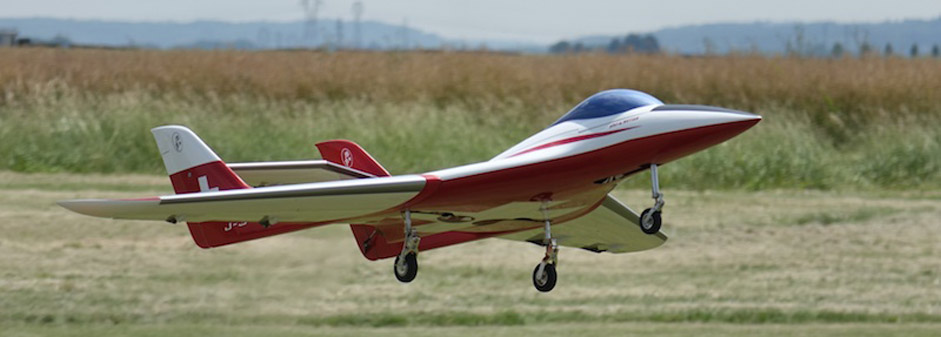 Phoenix at take off - Jets RC - Aviation Design