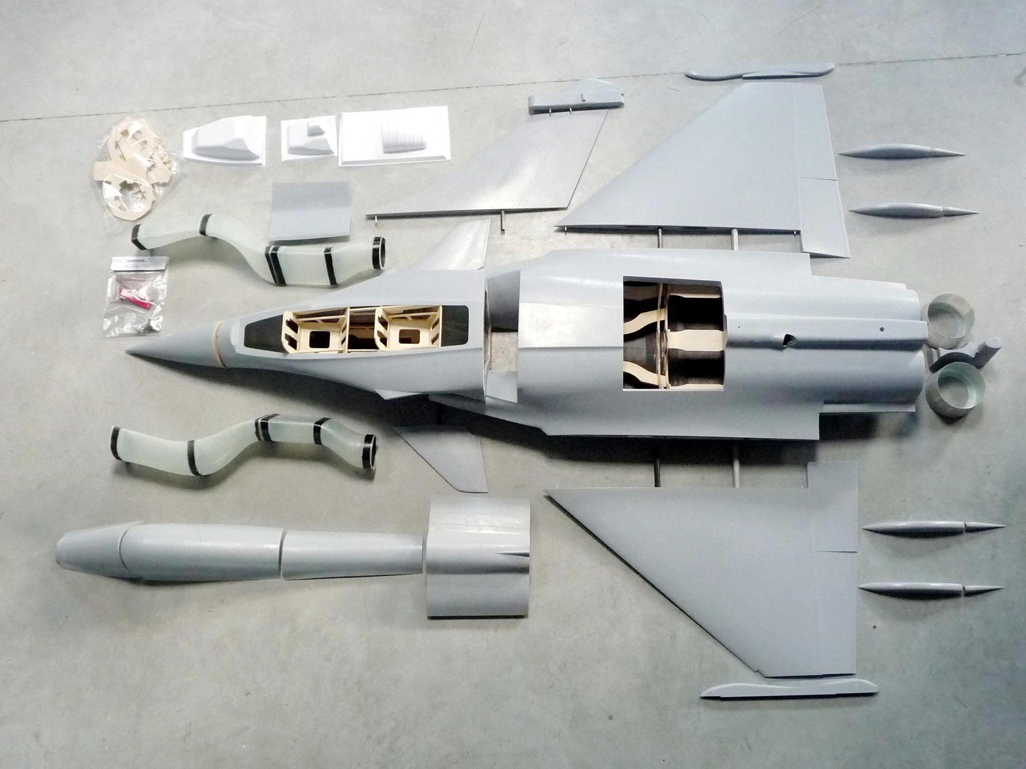 RC Jet Model RAFALE 1/7 scale - Kit designed by Eric Rantet