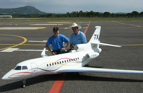 Kit FALCON 7X FRANCIS LAURENS - Jet radio-commandé - Aviation Design