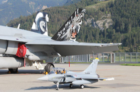 Kit RAFALE 1/5 EDGAR BRUHIN CONTRE F18 SUISSE - Jet radio-commandé - Aviation Design