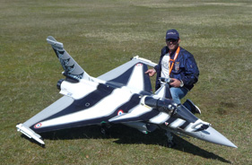 Kit RAFALE 1/5 WALEED ALNAQBI FIRST FLIGHT BRUNO BONEVEAU - Jet radio-commandé - Aviation Design