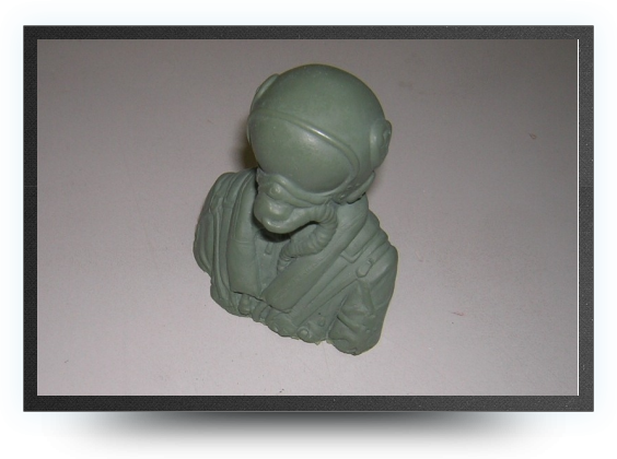 Jets - 1/8 jet pilot bust non painted 75 mm x 65 mm - 1/8 jet pilot bust non painted 75 mm x 65 mm - Aviation Design