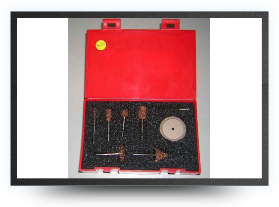Jets - Selection of 6 rotary tools + 1 cutter disc with arbor in a box 3.1 mm steel shaft - Selection of 6 rotary tools + 1 cutter disc with arbor in a box 3.1 mm steel shaft - Aviation Design
