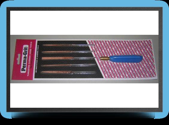 Jets - Cinq limes aiguilles fines aux formes incontournables : plate, carrÉe, ronde, triangulaire et demi ronde avec manche.<br /> (longueur totale 14 cm) - Cinq limes aiguilles fines aux formes incontournables : plate, carrÉe, ronde, triangulaire et demi ronde avec manche.<br /> (longueur totale 14 cm) - Aviation Design