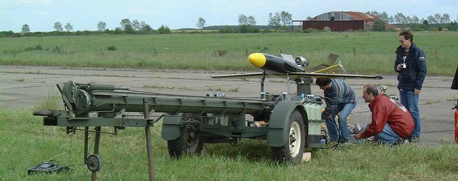 cible aériene EVA au catapultage (UAV) - Jets RC - Aviation Design