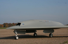 Neuron scale model on the ground - UAV - Aviation Design